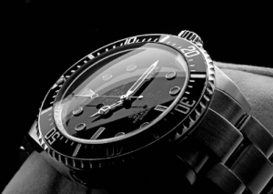 How to Maintain and Store Your Watch